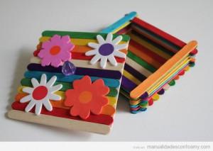hacer-caja-palos-polo-decorar-foamy-goma-eva-niños-manualidades