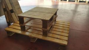 mesa y pouf de palets