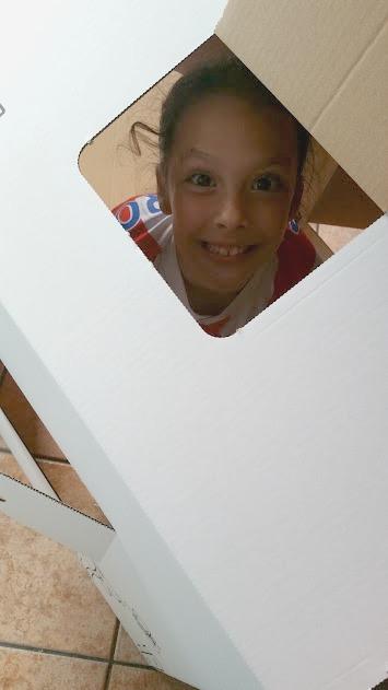 juguete de cartón
