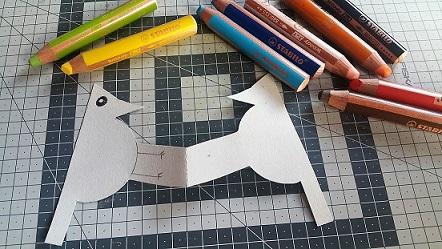 pájaro carpintero de papel
