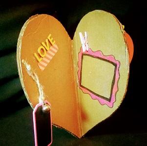 álbum 3D con forma de corazón